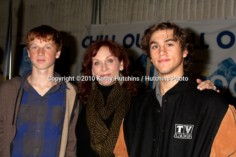 LOS ANGELES - NOV 20:  Marilu Henner, sons Nicholas Morgan Lieberman (Born 1994) and Joseph Marlin Lieberman (Born 1995) at the Connected's Celebrity Gift Suite celebrating the 2010 American Music Awards at Ben Kitay Studios on November 20, 2010 in Los Angeles, CA