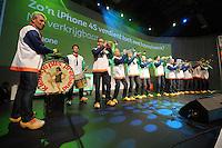 SCHAATSEN: HEERENVEEN: Thialf, KPN NK Allround, 04-02-2012, Kleintje Pils in KPN Clubhuis, ©foto: Martin de Jong