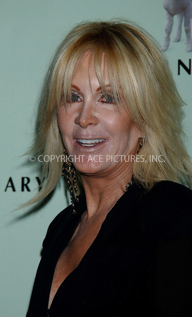 WWW.ACEPIXS.COM . . . . . ....NEW YORK, MAY 20, 2006....Joan van Ark at the Farm Sanctuary's 20th Anniversary Gala For Farm Animals... ....Please byline: KRISTIN CALLAHAN - ACEPIXS.COM.. . . . . . ..Ace Pictures, Inc:  ..(212) 243-8787 or (646) 679 0430..e-mail: picturedesk@acepixs.com..web: http://www.acepixs.com