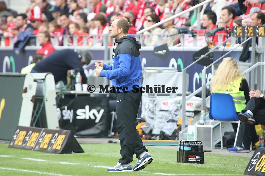 Trainer Torsten Lieberknecht (Braunschweig) - 1. FSV Mainz 05 vs. Eintracht Braunschweig, Coface Arena, 10. Spieltag
