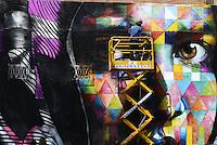 Roma, 4 Maggio 2014<br /> Il Muralista brasiliano Eduardo Kobra dipinge la facciata di Metropoliz in Via Prenestina, con un mural dedicato a Malala.<br /> La ex fabbrica Fiorucci occupata da decine di famiglie ospita anche il MAAM , museo dell'altro e dell'altrove di Metropoliz.<br /> Kobra all'opera.<br /> Brasilian street artist Eduardo Kobra, painting Malala's eyes in a occupied factory