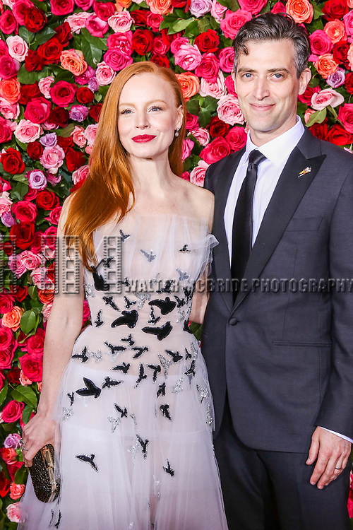 NEW YORK, NY - JUNE 10:  Lauren Ambrose and Sam Handel  attend the 72nd Annual Tony Awards at Radio City Music Hall on June 10, 2018 in New York City.  (Photo by Walter McBride/WireImage)