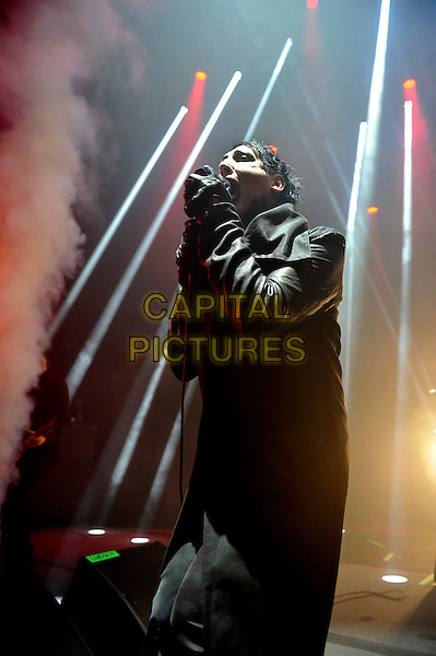 LONDON, ENGLAND - NOVEMBER 19: Marilyn Manson (Brian Warner) performing at Eventim Apollo on November 19, 2015 in London, England.<br /> CAP/MAR<br /> &copy; Martin Harris/Capital Pictures
