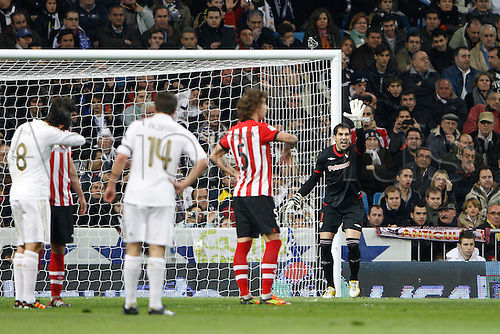 22.01.2012. Madrid Spain. La Liga  The match played between  Real Madrid and Athletic Club de Bilbao (4-1)  played at the Santiago Bernabeu Stadium.  Picture show Gorka Iraizoz Moreno (Spanish goalkeeper of Athletic)