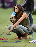 FUSSBALL  EUROPAMEISTERSCHAFT 2012   HALBFINALE Portugal - Spanien                  27.06.2012 TV-Moderatorin Sara Carbonero (Verlobte Torwart Iker Casillas)