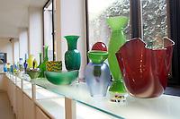 L'interno del negozio di prodotti in vetro artistico Venini, nell'isola di Murano, Laguna di Venezia.<br /> Interior of Venini art glass shop in Murano, Venice's Lagoon.<br /> UPDATE IMAGES PRESS/Riccardo De Luca