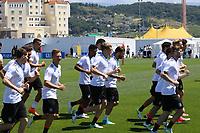 Mannschaft läuft sich warm - 17.06.2017: Training der Deutschen Nationalmannschaft, Fisht Stadium Sotschi
