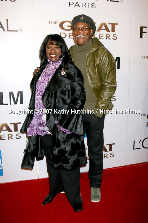 "LaTanya Richardson & Samuel L. Jackson.""The Great Debaters"" Premiere.ArcLight Cinerama Dome Theater.December 11, 2007.Los Angeles, CA.©2007 Kathy Hutchins / Hutchins Photo..."