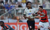 SAO PAULO SP, 01.09.2013 - Corinthians X Flamengo -  Romarinho comemora terceiro gol do Corinthians durante partida contra o Flamengo valida pelo campeonato brasleiro de 2013  no Estadio do Pacaembu em  Sao Paulo, neste domingo, 01. (FOTO: ALAN MORICI / BRAZIL PHOTO PRESS).