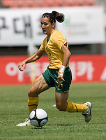 Lisa DeVanna