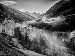St Luc, le 21 février 2016, Maison Favre de St Luc nous présente les fondue sur la terrasse au coeur du val d'anniviers et de son cirque de montagnes. © sedrik nemeth © sedrik nemeth