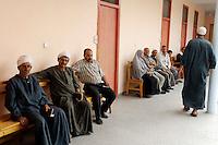 Egypte, Belbeis, 03 mei 2007.Sekem.Sekem gezondheidscentrum.Sekem Healthcentre   .Foto (c) Michiel Wijnbergh.
