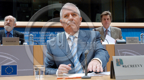Brussels-Belgium - October 07, 2004---Hearing of European Commissioner Designate Charlie McCREEVY (Ireland), designated to be in charge of 'Internal Market and Services' within the future 'Barroso team', at the European Parliament's joint Committees on 'Internal Market and Consumer Protection' and 'Economic and Monetary Affairs'; here, the Commissioner at the beginning of the meeting---Photo: Horst Wagner/eup-images
