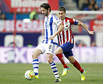 Atletico de Madrid's Gabi Fernandez (r) and Real Sociedad's Esteban Granero during La Liga match. March 1,2016. (ALTERPHOTOS/Acero)