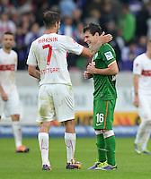 Fussball  1. Bundesliga  Saison 2013/2014  8. Spieltag VfB Stuttgart - SV Werder Bremen     05.10.2013 Zlatko Junuzovic (re, SV Werder Bremen) und Martin Harnik (VfB Stuttgart) nach dem Spiel