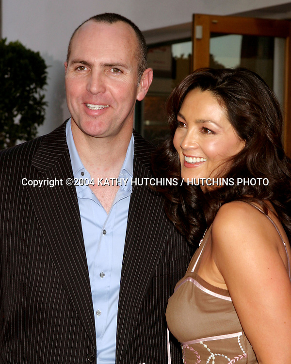 "©2004 KATHY HUTCHINS/HUTCHINS PHOTO .""VAN HELSING"" PREMIERE.UNIVERSAL AMPITHEATER.UNIVERSAL CITY, CA.MAY 3, 2004..ARNOLD VOSLOO.WIFE"