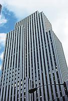 New York: Daily News Building, 1930. J.M. Howells and Raymond Hood, architects. Photo '78.