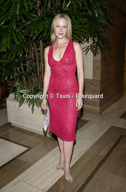 Julie Benz arriving at The 27th Saturn Awards at the Park Hyatt Hotel in Los Angeles  June 13, 2001 BenzJulie22.JPG