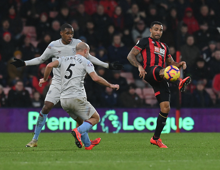 Bournemouth's Callum Wilson (right) under pressure from  West Ham United's Pablo Zabaleta (left) <br /> <br /> Photographer David Horton/CameraSport<br /> <br /> The Premier League - Bournemouth v West Ham United - Saturday 19 January 2019 - Vitality Stadium - Bournemouth<br /> <br /> World Copyright &copy; 2019 CameraSport. All rights reserved. 43 Linden Ave. Countesthorpe. Leicester. England. LE8 5PG - Tel: +44 (0) 116 277 4147 - admin@camerasport.com - www.camerasport.com