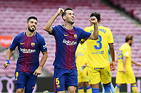 BARCELONA, 02-10-2017. LaLiga 2017/ 2018, date 7. FC Barcelona 3-0 UD Las Palmas. Sergio Busquets of FC Barcelona celebrates his goal with Luis Suarez.<br /> Foto Sergio Ruiz/Pro Shots/Insidefoto
