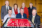 Castleisland  card players presents the River Island Hotel a Munster shirt autographed by the late Anthony Foley in the hotel on Sunday night front row l-r: Donie Cremins, Micheal O'Donoghue, John O'Sullivan. Back row: Willie Buckley, Kathleen O'Connor, John O'Connell, Tom Brennan