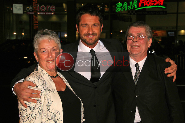 Gerard Butler and his parents<br />at the World Premiere of &quot;P.S. I Love You&quot;. Grauman's Chinese Theatre, Hollywood, CA. 12-09-07<br />Dave Edwards/DailyCeleb.com 818-249-4998