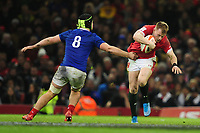Nick Tompkins of Wales evades the tackle of Gregory Alldritt of France during the Guinness Six Nations Championship Round 3 match between Wales and France at the Principality Stadium in Cardiff, Wales, UK. Saturday 22 February 2020