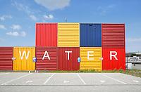 Nederland Amsterdam. Containers van Waternet in Amsterdam-Noord