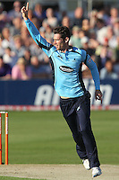 Chris Liddle of Sussex celebrates the wicket of James Franklin - Essex Eagles vs Sussex Sharks - Friends Life T20 Cricket at the Ford County Ground, Chelmsford, Essex - 28/06/12 - MANDATORY CREDIT: Gavin Ellis/TGSPHOTO - Self billing applies where appropriate - 0845 094 6026 - contact@tgsphoto.co.uk - NO UNPAID USE.