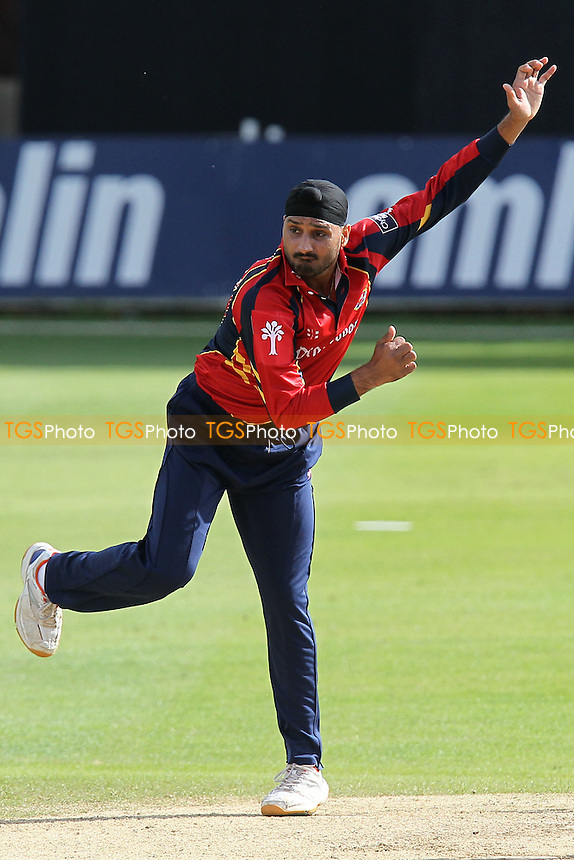 Harbhajan Singh in bowling action for Essex - Essex Eagles vs Leicestershire Foxes - Clydesdale Bank 40 Cricket at the Ford County Ground, Chelmsford, Essex - 05/08/12 - MANDATORY CREDIT: Gavin Ellis/TGSPHOTO - Self billing applies where appropriate - 0845 094 6026 - contact@tgsphoto.co.uk - NO UNPAID USE.