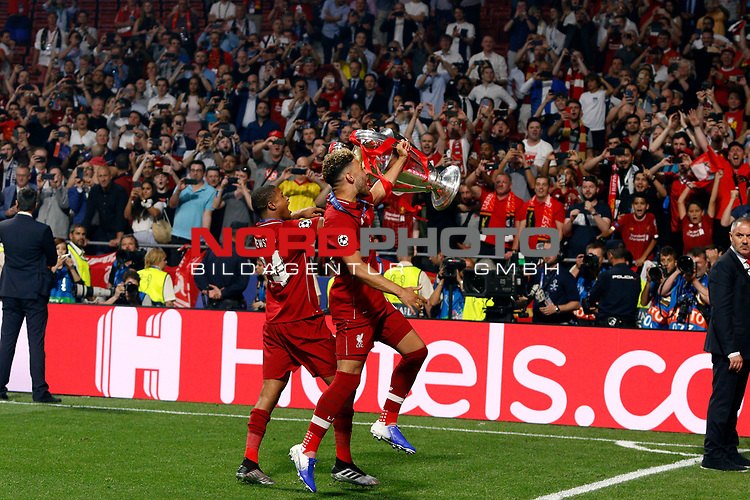 Liverpool's FC Rhian Brewster Liverpool's FC Trent Alexander-Arnold during UEFA Champions League match, Final Roundl between Tottenham Hotspur FC and Liverpool FC at Wanda Metropolitano Stadium in Madrid, Spain. June 01, 2019.(Foto: nordphoto / Alterphoto /Manu R.B.)