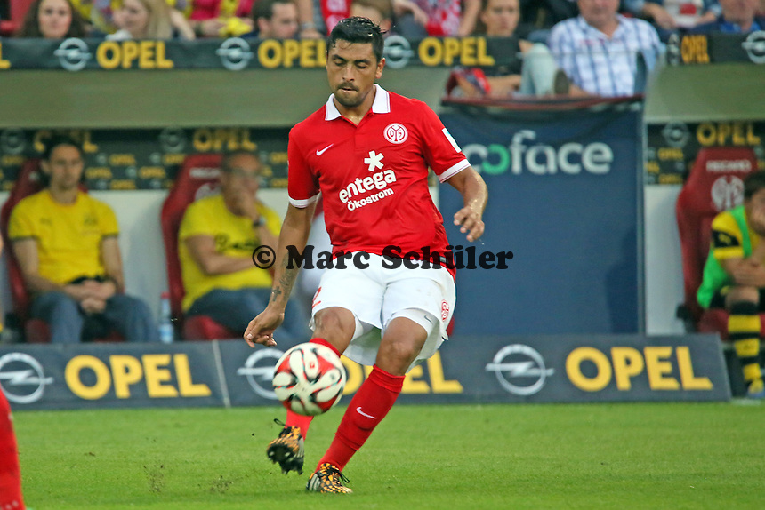 Gonzalo Jara (Mainz)  - 1. FSV Mainz 05 vs. Borussia Dortmund, Coface Arena