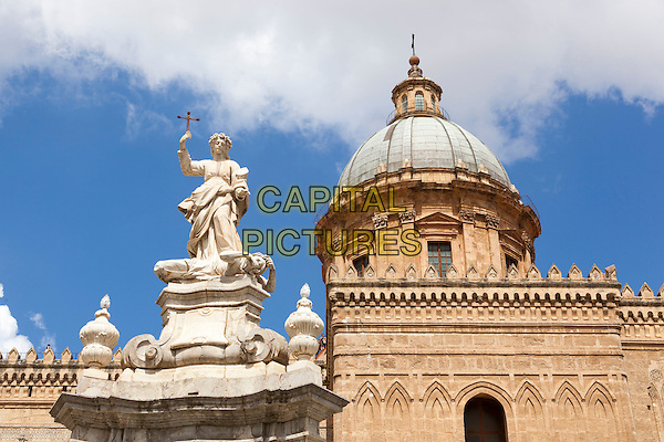 Dome of Palermo Cathedral and statue of Saint Rosalia, Palermo, Sicily, Italy<br /> August 2015<br /> CAP/MEL<br /> &copy;MEL/Capital Pictures
