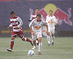 15 April 2007: New York's Dema Kovalenko (21) looks to dribble upfield. The New York Red Bulls defeated FC Dallas 3-0 at Giants Stadium in East Rutherford, New Jersey in an MLS Regular Season game.