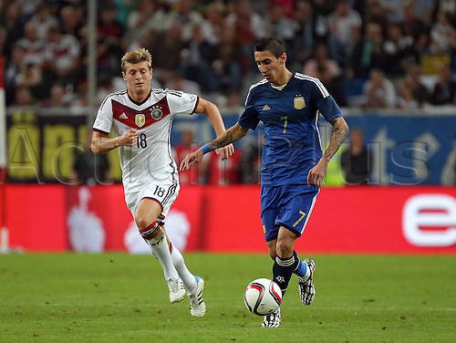 03.09.2014. Esprit Arena, Düsseldorf, Germany. International football friendly match. Toni Kross (Ger) chases down Angel di Maria (Arg)