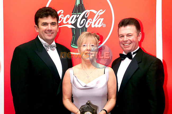 Mary Reynolds who accepted Drogheda United's Gareth Byrne's award pictured with her husband Kevin and Des Cahill at the Drogheda Independent/Drogheda Concentrates Sportstar of the Year Awards in the Westcourt Hotel..Picture Paul Mohan Newsfile