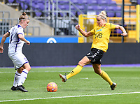 20190810 - ANDERLECHT, BELGIUM : Anderlecht's Laura Deloose (l) pictured defending on LSK's Elise Thorsnes (r) during the female soccer game between the Belgian RSCA Ladies – Royal Sporting Club Anderlecht Dames  and the Norwegian LSK Kvinner Fotballklubb ladies , the second game for both teams in the Uefa Womens Champions League Qualifying round in group 8 , saturday 10 th August 2019 at the Lotto Park Stadium in Anderlecht  , Belgium  .  PHOTO SPORTPIX.BE for NTB NO | DAVID CATRY