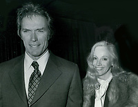 Clint Eastwood &amp; Sondra Lockei 1977<br /> Photo By John Barrett-PHOTOlink.net / MediaPunch