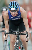 06 AUG 2006 - LONDON, UK - Stuart Hayes - 2006 London Triathlon. (PHOTO (C) NIGEL FARROW)