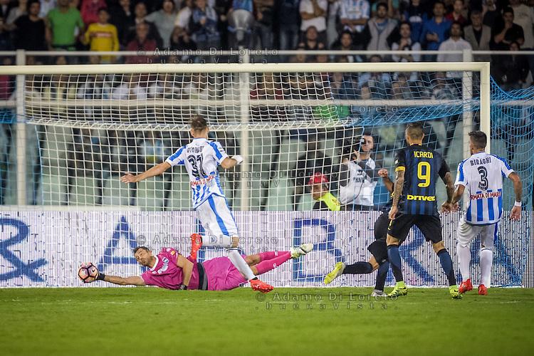 Albano Bizzarri  (Pescara) during the Italian Serie A football match Pescara vs SSC Inter on September 11, 2016, in Pescara, Italy. Photo by Adamo DI LORETO