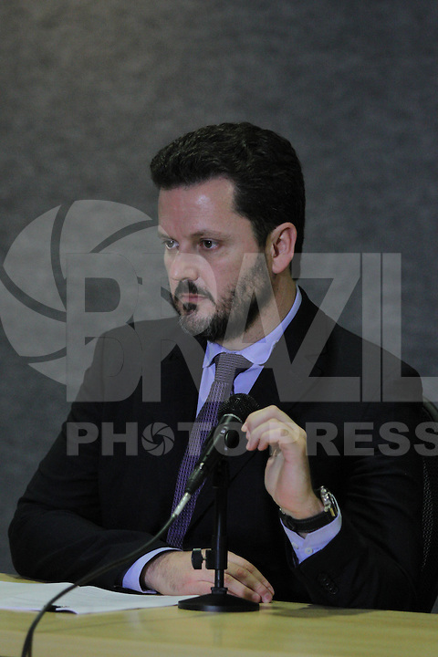 CURITIBA,PR, 21.09.2015 - LAVA-JATO -  Igor Romario, delegado da Policia Federal, durante a coletiva de imprensa da 19ª fase da Lava Jato na manhã desta segunda-feira (21), na sede da Policia Federal em Curitiba (Foto: Paulo Lisboa / Brazil Photo Press)