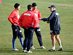 (L to R) Atletico de Madrid's players Ze Castro,  Cleber Santana, Fabiano Eller and the coach Javier Aguirre during training sesion at Cerro del Espino Stadium in Majadahonda, January 08 2007. (ALTERPHOTOS/Acero).