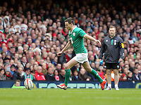 Pictured: Johnny Sexton of Ireland takes a kick Saturday 14 March 2015<br />