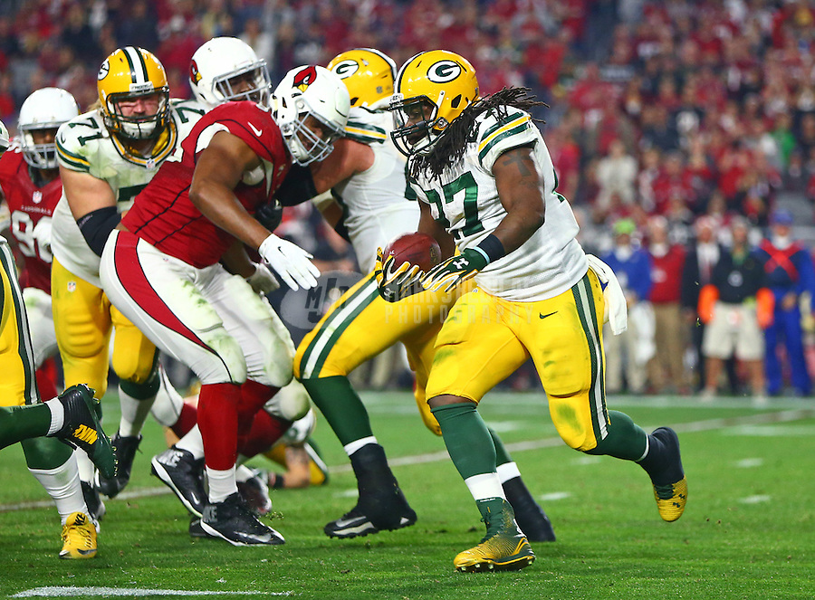 Jan 16, 2016; Glendale, AZ, USA; Green Bay Packers running back Eddie Lacy (27) against the Arizona Cardinals in a NFC Divisional round playoff game at University of Phoenix Stadium. Mandatory Credit: Mark J. Rebilas-USA TODAY Sports
