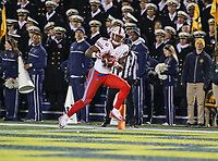 Annapolis, MD - November 11, 2017: Southern Methodist Mustangs wide receiver Courtland Sutton (16) catches a touchdown pass during the game between SMU and Navy at  Navy-Marine Corps Memorial Stadium in Annapolis, MD.   (Photo by Elliott Brown/Media Images International)