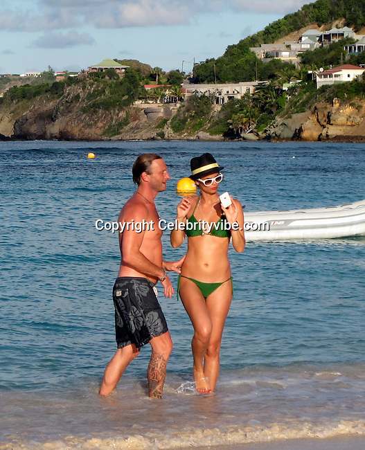 **EXCLUSIVE**.Thomas Kretschmann and girlfriend Shermine Shahrivar..On the Beach.St Barth, Caribbean..Tuesday, December 22, 2009..Photo By Celebrityvibe.com.To license this image please call (212) 410 5354; or Email: celebrityvibe@gmail.com ; .website: www.celebrityvibe.com.