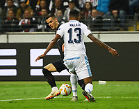Filip Kostic (Eintracht Frankfurt) gegen Wallace (Lazio Rom) - 04.10.2018: Eintracht Frankfurt vs. Lazio Rom, UEFA Europa League 2. Spieltag, Commerzbank Arena, DISCLAIMER: DFL regulations prohibit any use of photographs as image sequences and/or quasi-video.