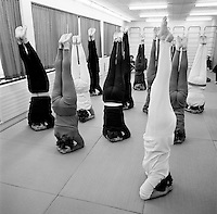 Heilsur&aelig;ktin i Gl&aelig;sib&aelig;, 1972<br /> <br /> Gl&aelig;sib&aelig;r gym, 1972