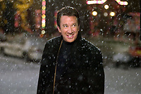 Christmas with the Kranks (2004) <br /> Tim Allen <br /> *Filmstill - Editorial Use Only*<br /> CAP/KFS<br /> Image supplied by Capital Pictures