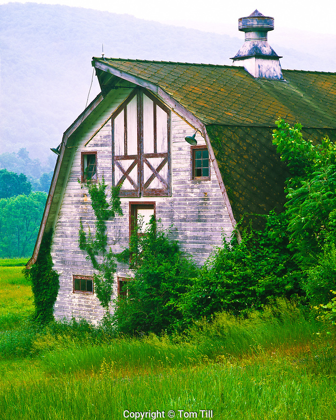 Weathered Barn, Delaware Water Gap National Recreation Area, New Jersey